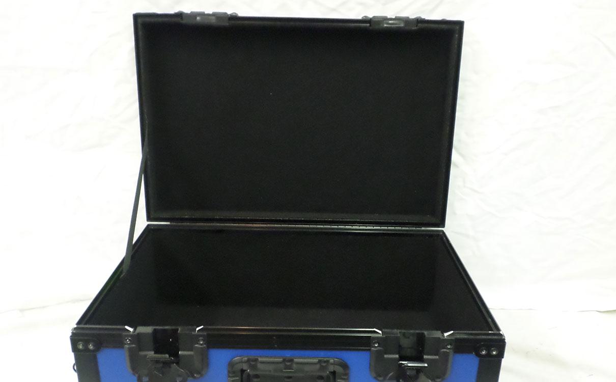 case-inside.jpg